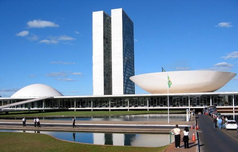 Coleção Conhecer e Visitar: Prédios e Projetos Famosos de Brasília