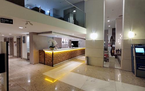 Recepção Lets Hotels